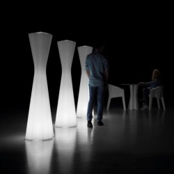 Lampadaire design - FROZEN - PLUST